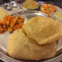 bangalore eats: lunch at mavalli tiffin room.