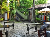 the courtyard cafe at barefoot. colombo, sri lanka. september 2015.