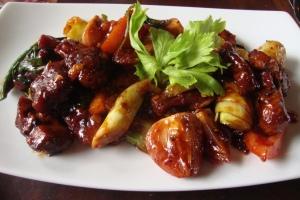 delicious meat platter at taphouse. galle, sri lanka. september 2015.