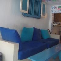 staying in galle: pedlar's inn hostel.