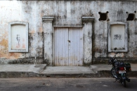 i could not get enough of this gorgeous building in the french quarters of pondy. pondicherry, india. march 2016.