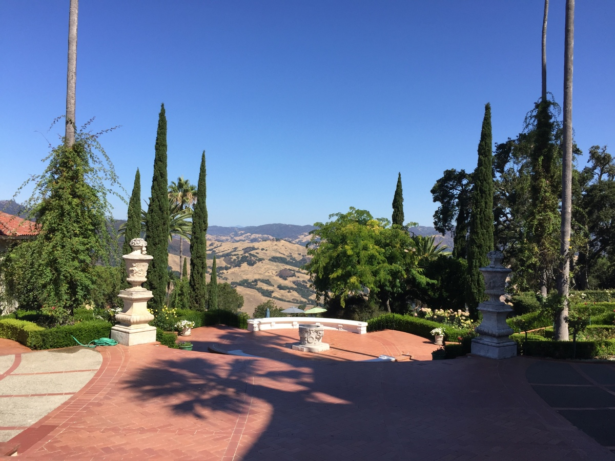 veen on the road: hearst castle.