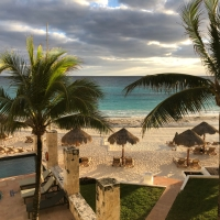 veen on the road: a ladies' trip to cancún.